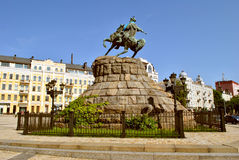 Zabytek Bogdan Khmelnitsky na horseback Zdjęcia Stock