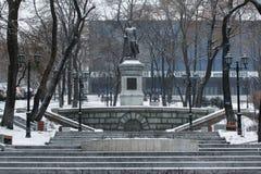 Zabytek polityk Sergei Lazo w Vladivostok Radziecki wywrotowiec i zdjęcie royalty free