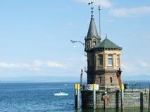 Zabytki zbliżają Jeziornego Bodensee w mieście Konstanz zdjęcie stock