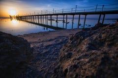 zachód słońca nad morza czarnego Molo na przedpolu Obrazy Stock