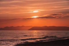 zachód słońca nad morza czarnego Tła dla wycena zdjęcia royalty free