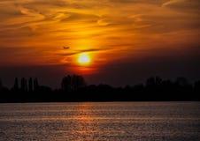 zachód słońca nad rzeką Zdjęcie Stock