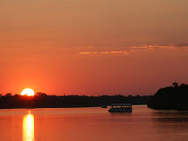 zachód słońca nad rzekę Zambezi Zimbabwe Zdjęcie Royalty Free