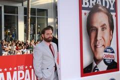 Zach Galifiankis przy 'kampanii' Ekranowy premiera, Chiński teatr, Hollywood, CA 08-02-12 Zdjęcia Stock