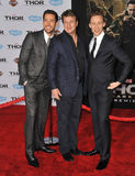 Zachary Levi u. Nathan Fillion u. Tom Hiddleston stockfotos