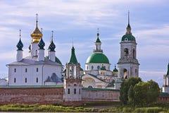 zachatievsky大教堂的rostov Yakovlevsky救主修道院, 免版税图库摄影
