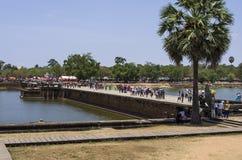 Zachodni droga na grobli Angkor Wat Zdjęcie Stock