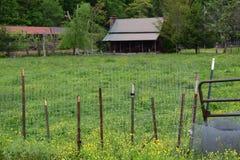 Zachodni NC dom wiejski, pole i Obrazy Stock
