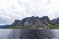 Zachodni strumyka staw w Gros Morne parku narodowym, wodołaz fotografia stock