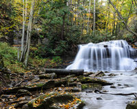 Zachodnia Virginia siklawa w wczesnej jesieni Zdjęcia Royalty Free