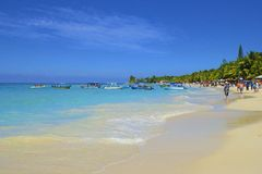 Zachodnia zatoki plaża w Honduras Zdjęcia Royalty Free