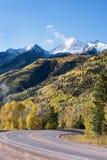 Zachodniej łoś pętli Sceniczny Byway, Kolorado 133, McClure przepustka 8.763 cieki, krzesło góra 12.721 cieki zdjęcie stock