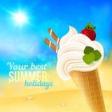 Zacht aardbeiroomijs op strandachtergrond Stock Foto