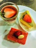 Zachte diverse yummy cakes van het cakedessert van kleurrijke geassorteerd royalty-vrije stock fotografie