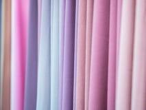 Zachte Gekleurde stof op vertoning Royalty-vrije Stock Afbeeldingen