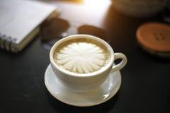 Zachte koffiekop, de mokken van de lippenstiftkoffie Stock Afbeelding