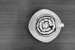 Zachte op smaak gebracht koffie Stock Foto