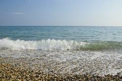 Zachte zachte golf op de Zwarte Zee stock foto's