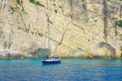 Zacinto, Grecia - destinazione blu di stupore di viaggio delle caverne Fotografia Stock Libera da Diritti