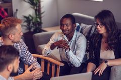 Zaczyna Up drużyny Freelancers W Biurowym planowaniu zdjęcie stock