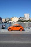 Oldtimer del escarabajo de VW imagenes de archivo