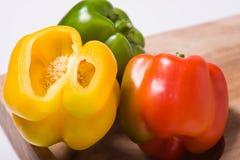 Zaden in een Groene paprika Stock Foto