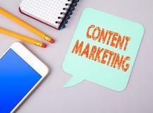 Zadowolony marketing Biznesowi i ogólnospołeczni środki fotografia royalty free