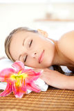 zadowolony mieć masażu portreta kobiety Obraz Stock