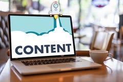 zadowolonych marketing zawartości dane Blogging Medialna publikacja Informuje Fotografia Stock