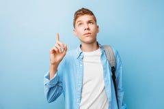Zadumany nastolatka facet obrazy stock