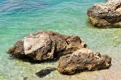 Zadziwiać jasno plażowego w Adriatic morzu Obraz Stock