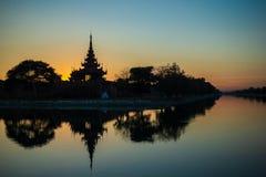 Zadziwiający zmierzch w Mandalay, Myanmar Birma zdjęcia stock