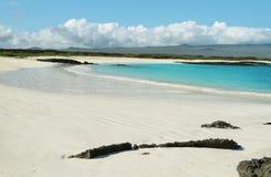 Zadziwiająca biała piasek plaża Cerro Brujo obraz stock