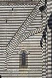 Zadziwiająca gothic architektura w Włochy zdjęcia stock
