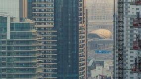 Zadziwiająca kolorowa Dubai marina linia horyzontu podczas zmierzchu timelapse zbiory wideo