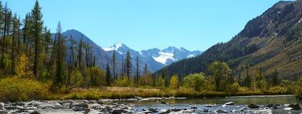 zadziwiająca krajobrazowa góra Obrazy Royalty Free