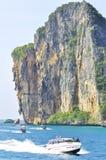 Zadziwiająca natura i Egzotyczny podróży miejsce przeznaczenia w Phi wyspie, Tajlandia Zdjęcie Stock