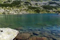 Zadziwiająca panorama Dalgoto Długi jezioro, Pirin góra Fotografia Stock