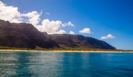 Zadziwiająca Piękna opustoszała plaża fotografia stock