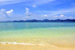 zadziwiająca plaża barwi egzota tropikalnego Obrazy Stock