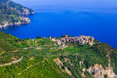 Zadziwiająca sceneria Cinque terre wioski - widok Corniglia Ja obraz royalty free
