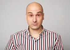 Zadziwiający łysy mężczyzna fotografia royalty free