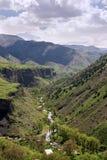 Zadziwiający krajobraz od świątynnego Garni, pionowo Zdjęcia Royalty Free