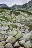 Zadziwiający krajobraz wokoło Samodivski jezior, Pirin góra Zdjęcie Stock