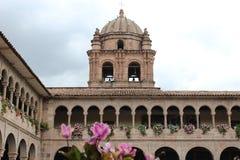 Zadziwiający obrazek katedra? s kopuła w Cusco, Peru fotografia stock