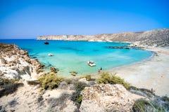 Zadziwiający widok Koufonisi wyspa z magicznym turkusem nawadnia, laguny, tropikalne plaże czysty biały piasek fotografia royalty free