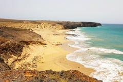 Zadziwiający widok Lanzarote plaże i piasek diuny w Playas De Papagayo, Costa Del Rubicon, wyspy kanaryjska obraz stock