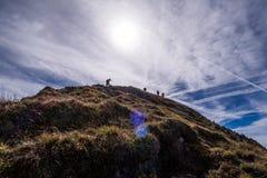 Zadziwiający widok w górę Leistchamm góry w szwajcarskich alps z c obrazy royalty free
