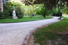 Zadziwiający zaciszność park w Paryż fotografia stock