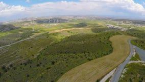 Zadziwiający zieleń krajobraz, silniki wiatrowi wywołująca władza, natury konserwacja zbiory wideo